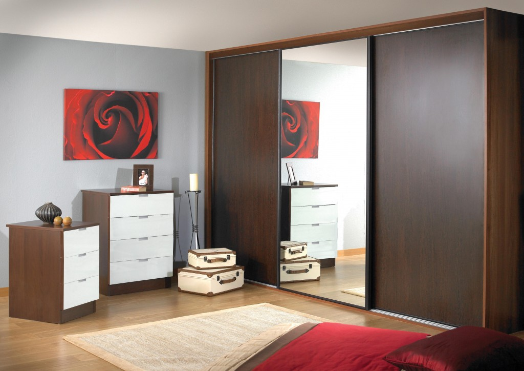 Made To Measure Sliding Wardrobes From A Uk Supplier